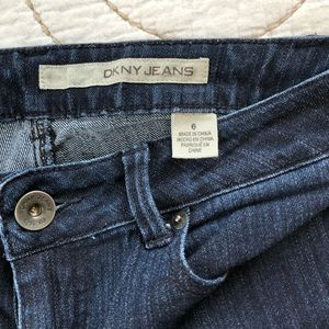 DKNY skinny cropped jeans